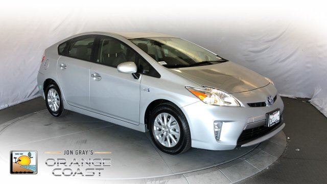 Pre-Owned 2015 Toyota Prius Plug-In Advanced