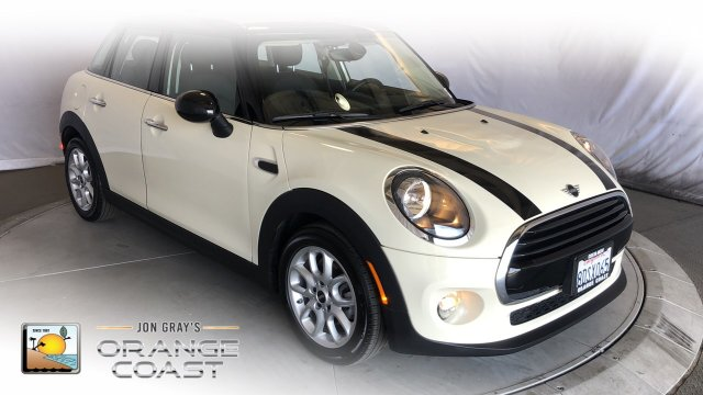 Pre-Owned 2019 MINI Hardtop 4 Door Base